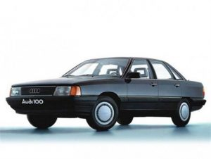 Audi 100  1.8 44 KAT 90 KM Sedan