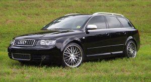 Audi A4  2.0 i 20V 131 KM Suv
