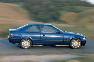 BMW 3er  325 i 192 KM Coupe