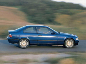 BMW 3er  318is (140Hp M44) Coupe