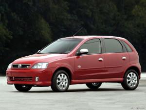 Chevrolet Corsa  1.6 i 16V 102 KM Sedan