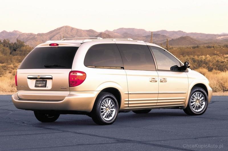 Chrysler Town-and-Country  3.6i V6 (283Hp) Sedan