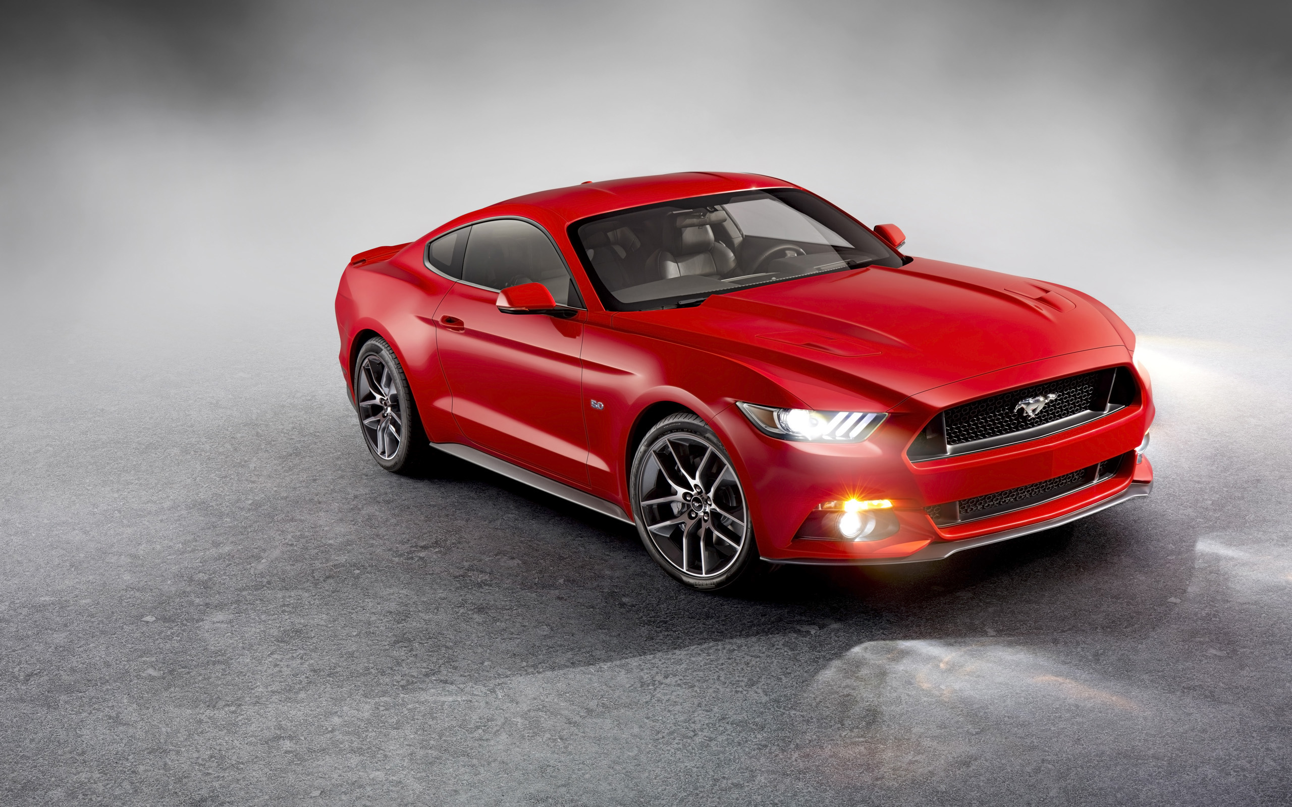 Ford Mustang  3.7 AT (305 HP) - dane techniczne, wymiary, spalanie i opinie