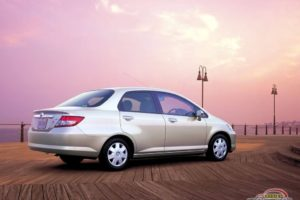 Honda Fit-Aria  1.5 i 16V 110 KM Hatchback