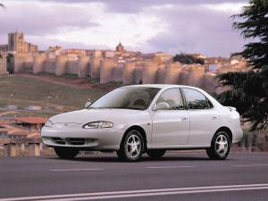 Hyundai Lantra  1.8 i 16V (127 Hp) Sedan