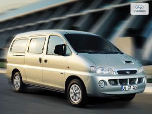 Hyundai Starex  2.4 i LWD 110 KM Minivan