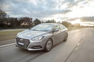 Hyundai i40  2.0 MT (150 HP) Sedan