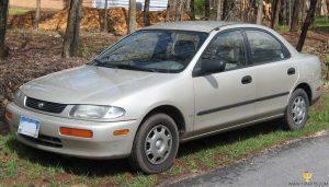 Mazda 323  1.5 i 16V 88 KM Sedan