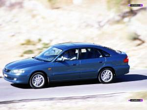 Mazda 626  2.0 115 KM Hatchback