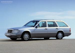 Mercedes-Benz E-klasse  E 320 T 124.092 220 KM Suv