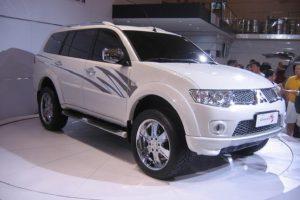 Mitsubishi Pajero-Sport  3.5 AT (186 HP) 4WD SUV