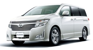 Nissan Elgrand  3.5 CVT (300 HP) Kompaktowy MPV