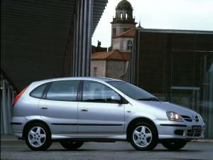 Nissan Tino  1.8i 120KM SUV