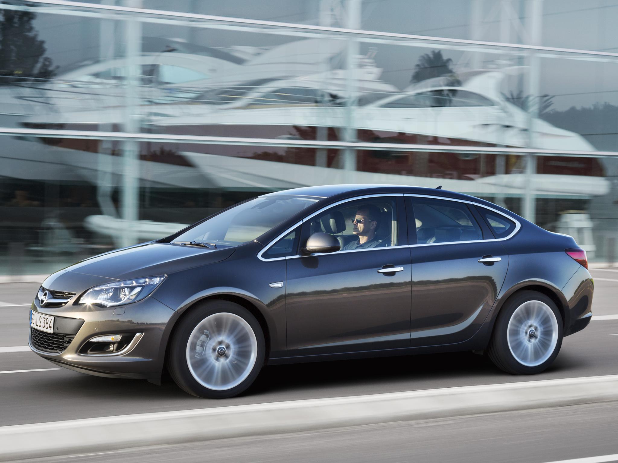 Opel Astra  1.6T (180 Hp) Sedan