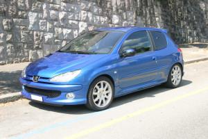 Peugeot 206  1.6 16V 109 KM Hatchback
