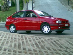 SEAT Cordoba  1.9 TDI 110 KM Sedan