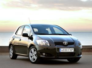 Toyota Auris  1.4 D 4D (90Hp) Hatchback
