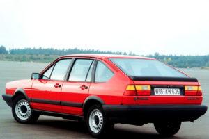 Volkswagen Passat  2.0i (116Hp) Sedan