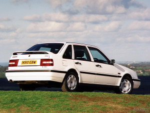 Volvo 440-K  1.8 90 KM Hatchback