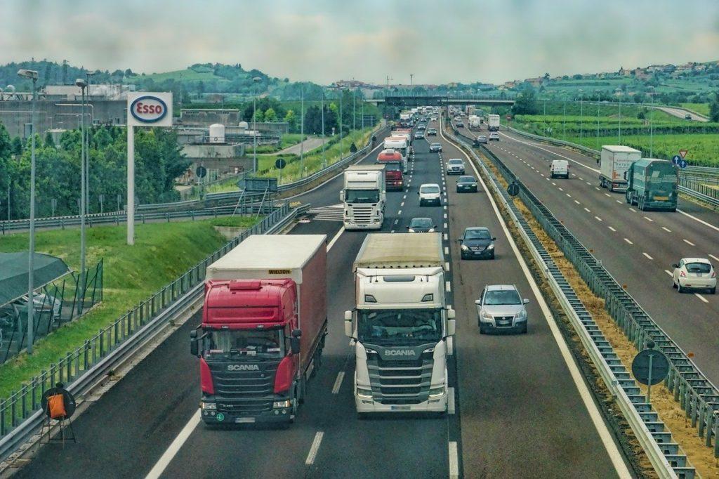 zakaz jazdy ciężarówek