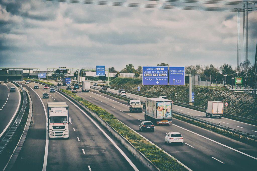 Zakaz poruszania się ciężarówek w Polsce