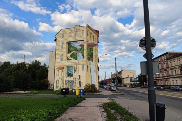 Mural w Katowicach przy ulicy Warszawskiej
